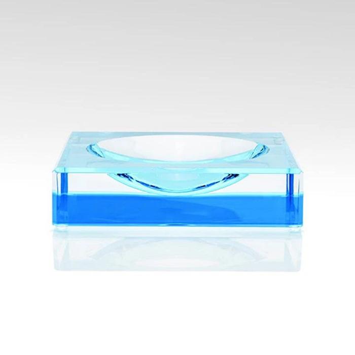 有機(ji)玻璃制品